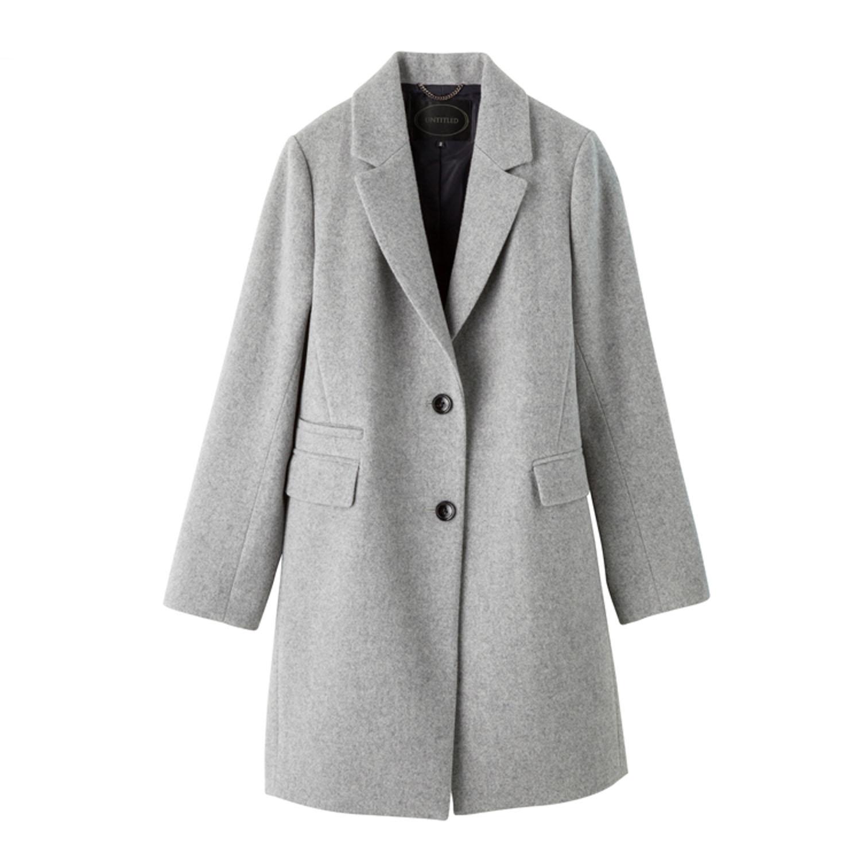 女灰色小夹克搭配